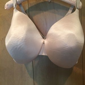 44H Cacique nude full figure back smoother bra